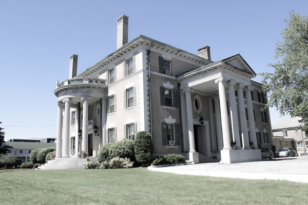 The Governor Hill Mansion in Augusta Maine